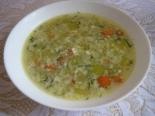 Легкий суп с кабачками и яйцом