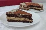Миндальный торт с марципаном и карамельным кремом