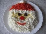 Новогодний салат Дед мороз с кальмарами