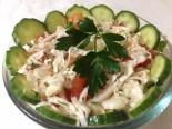 Овощной салат из пекинской капусты с огурцом и помидором