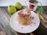 Панкейки на кефире с яблоками для детей от 2 лет