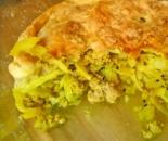 Пирог с фаршем и капустой и слоеного теста