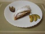 Пирог со сливами из слоеного теста