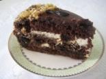 Праздничный торт с черносливом и сметаной