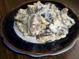 Простой салат из баклажанов с яйцом