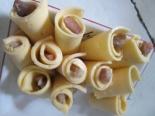 Рулетики из сельди с сыром: фуршетная закуска
