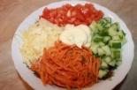 Салат Калейдоскоп с курицей и корейской морковью