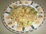 Салат с булгуром и огурцом