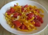 Салат с кукурузой и овощами без майонеза