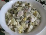 Салат с селедкой, картошкой и горошком