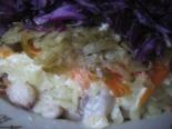Слоеный зимний салат с фасолью и красной капустой