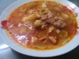Солянка сборная мясная с колбасой, курицей, мясом и маслинами: домашний рецепт с фото