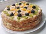 """Торт """"Тропиканка"""" с фруктами и заварным кремом"""