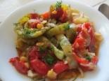 Тушеная картошка с горохом и овощами