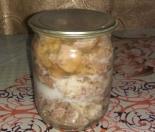 Тушенка из свинины в кастрюле в домашних условиях