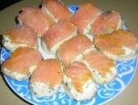 Закуска с красной рыбой и картошкой