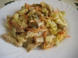Вкусный мясной салат со свининой и солеными огурцами