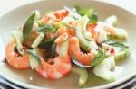 Новогодний рецепт салата с креветками