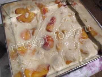 Заливной пирог с персиками